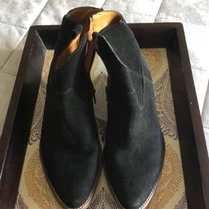 Madewell 1937 Black Suede Booties - 7.5 EUC
